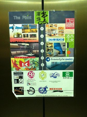 Hotel de Point: Note in hotel elevator