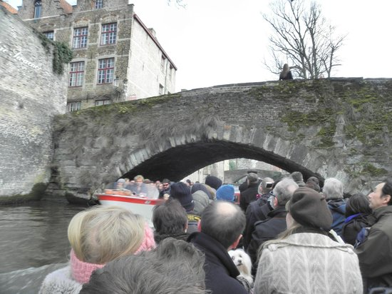 Balades En Bateau Sur Les Canaux: balade en bateau sur les canaux de Bruges