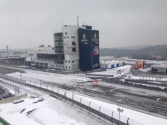 Dorint am Nürburgring Hocheifel: Grand Prix track in the snow