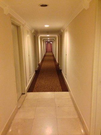 Rixos Premium Tekirova: Odaların yer aldığı koridor
