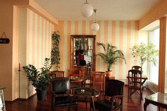 Cafe Lenet: von Innen