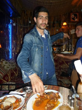 Mitani Cafe & FUN PUB: Antonio Banderas ;-)