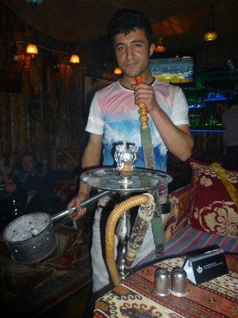 Mitani Cafe & FUN PUB: Shisha