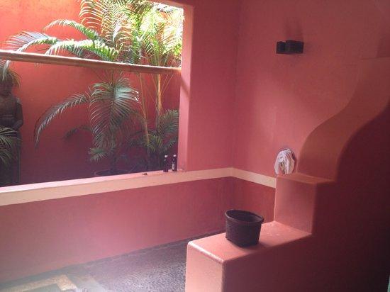 PinkCoco Bali: bathroom in the rooms