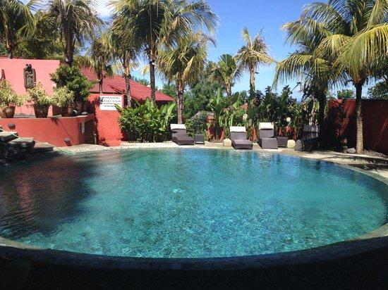 PinkCoco Bali: one of two pools