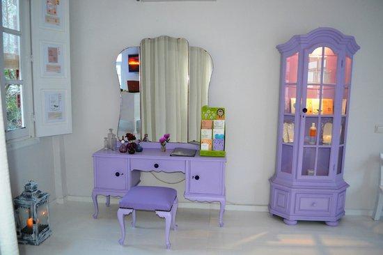 Fish Spa Kangal Santorini - Wellness Center: beauty area