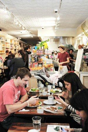 le moulin a cafe new york city upper east side menu prices restaurant reviews tripadvisor. Black Bedroom Furniture Sets. Home Design Ideas