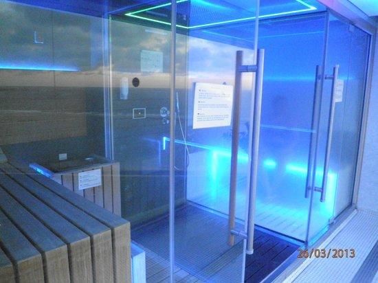 Bull Reina Isabel & Spa: Blick in die Sauna/Dampfbad in der 9ten Etage