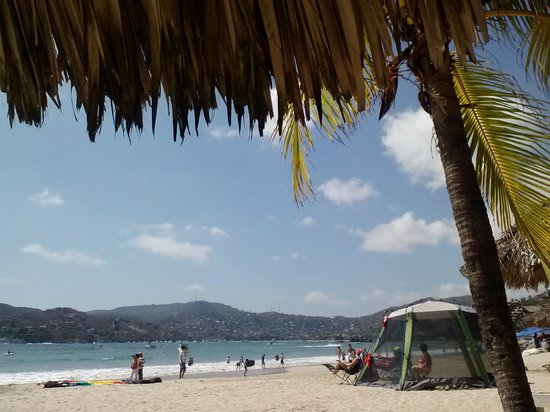 Playa la Ropa: the tent in this photo has nothing to do with Juan !
