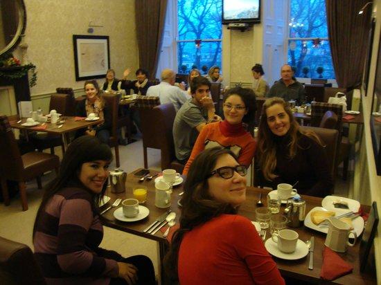 Abbey Hotel: desayunando