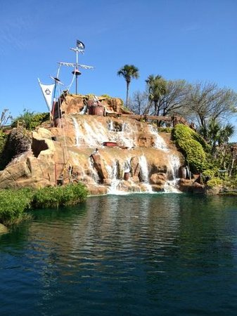 Pirate's Island Adventure Golf: front course