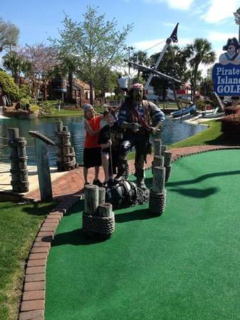 Pirate's Island Adventure Golf: the boys and the pirate