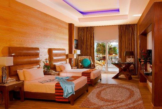 The Royal Savoy Sharm El Sheikh : RS twin junior suite