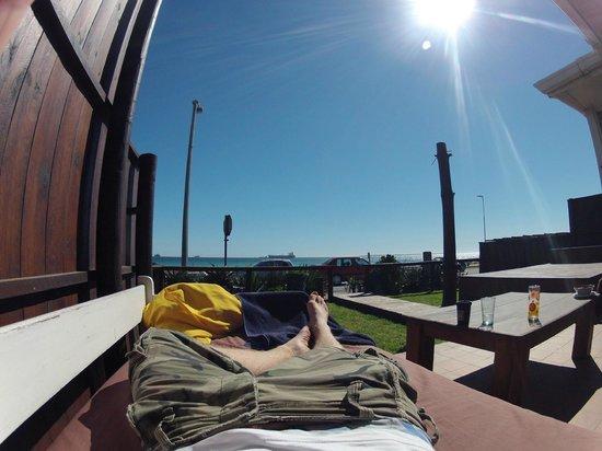 Endless Summer Beachhouse: in de tuin chillen