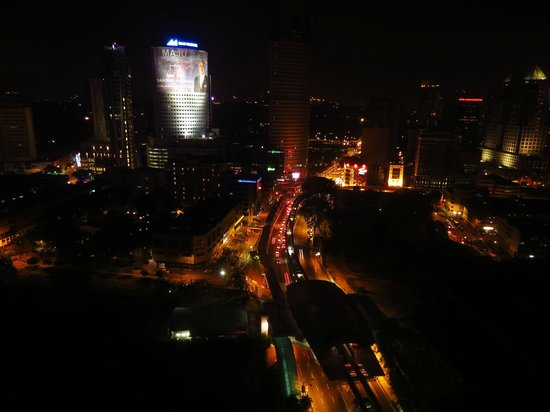 Sheraton Imperial Kuala Lumpur Hotel: Night view