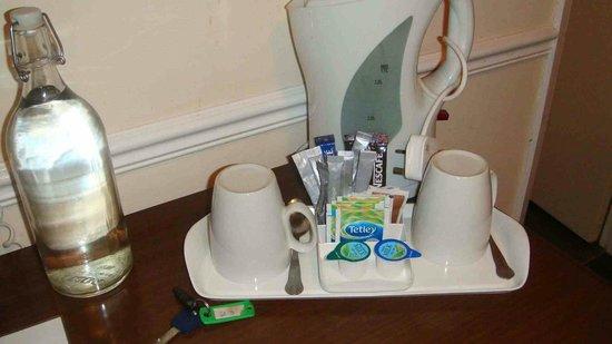 Bear Hotel: Tea