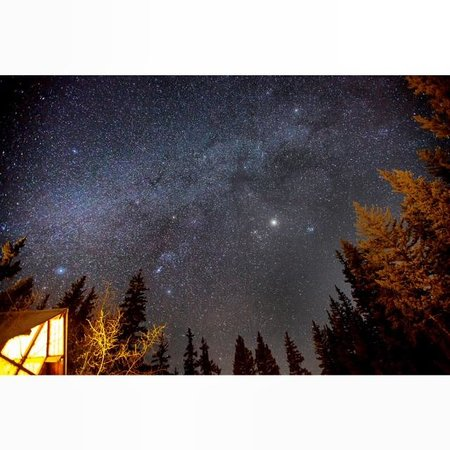 Pioneer Guest Cabins: February night sky