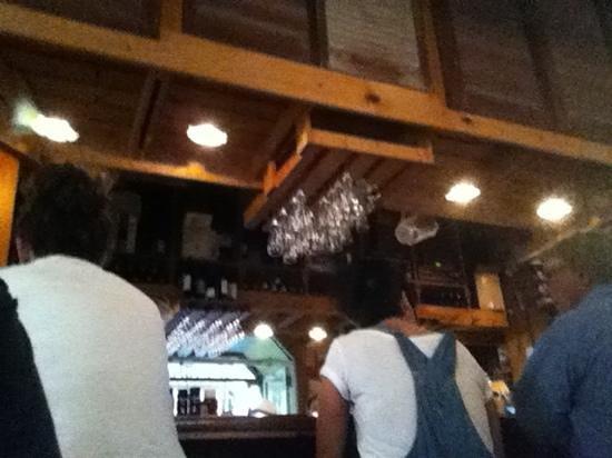 Old Naples Pub: Rustic not trendy.