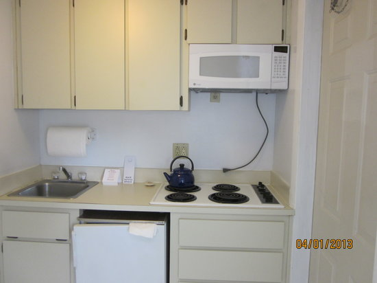 The Club at Cape Cod: sink, stove and small refrigerator,microwave
