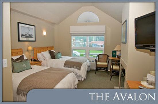 Maritime Inn: The Avalon Room