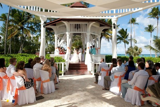 Grand Palladium Punta Cana Resort Spa Wedding Ceremony Gazebo