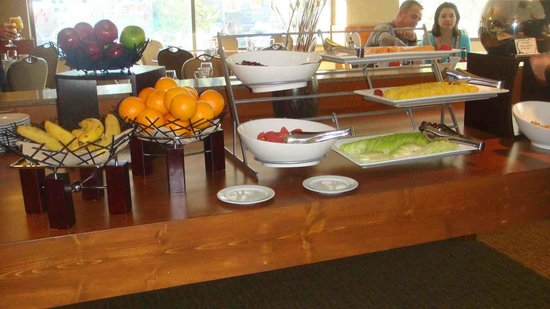 Resort at Squaw Creek : not much options with fruit