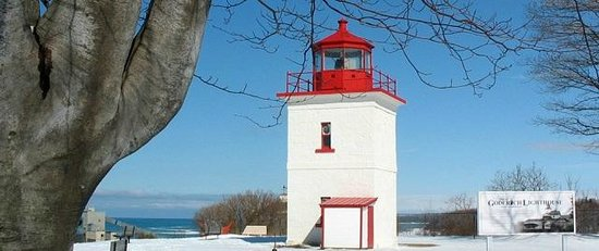 Colborne Bed and Breakfast: Goderich Lighthouse winter view