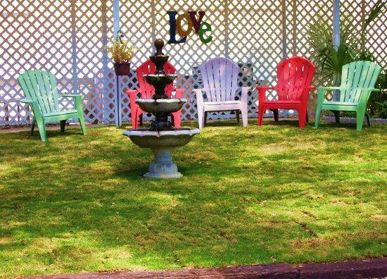 Maison en Ville: Sit, Relax, & Feel The Love...