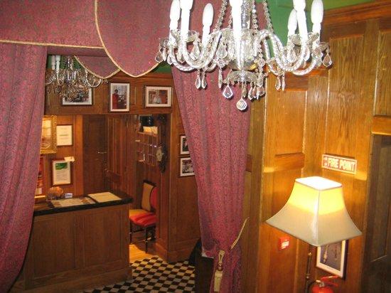 Scholars Townhouse Hotel : Lobby