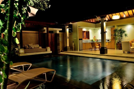 Disini Luxury Spa Villas: 2013 picture of pool Gazebo