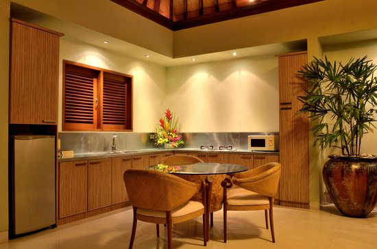 Disini Luxury Spa Villas : 2013 picture of dining room