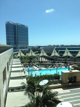Omni San Diego Hotel: view from 830