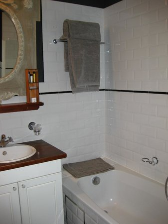 Bathroom at a Deluxe Double Room at Hotel Orts