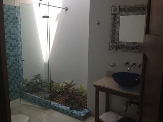 Casa Bustamante Hotel Boutique : bathroom