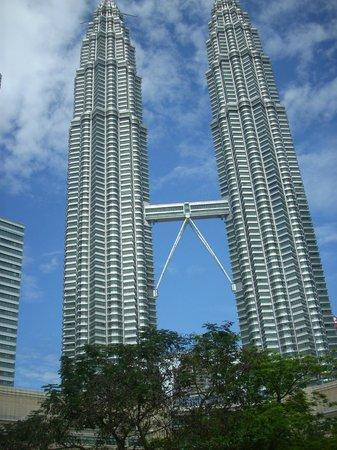Tune Hotel Kuala Lumpur: KL towers