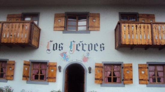 los heroes: hotel