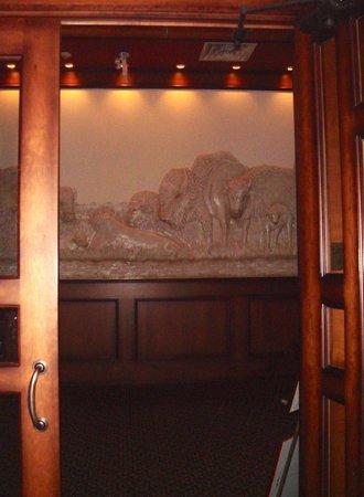 Bears Den Restaurant: Entrance
