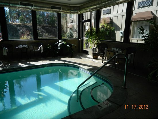 Mountain Lodge: indoor pool