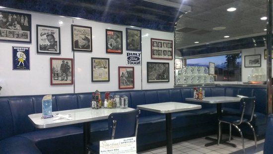 Stardust Diner: seating