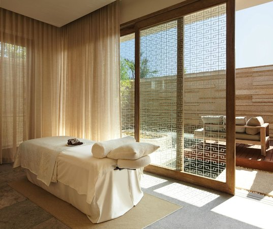 Hyatt Regency Danang Resort & Spa : VIE Spa's Treatment Room