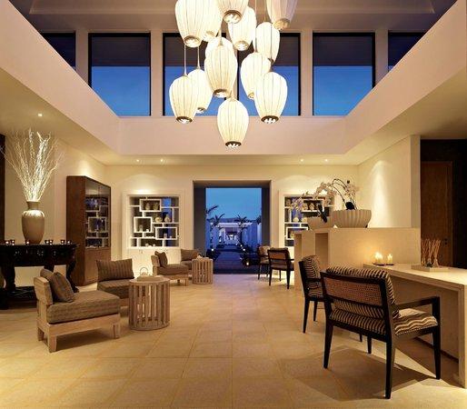Hyatt Regency Danang Resort & Spa: VIE Spa's Entrance