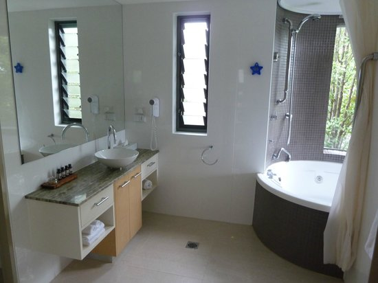Balgownie Estate Vineyard Resort & Spa : Bathroom