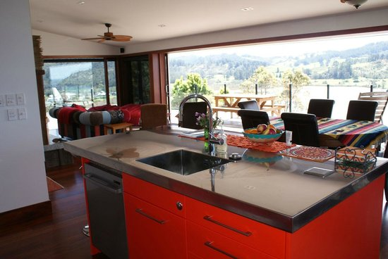 Sunlover Retreat: View from the kitchen/dining area