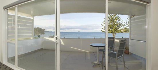 Oceanside Motel Whitianga: Exec Studio Balcony