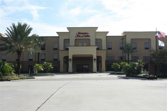 Hampton Inn & Suites Baton Rouge - I-10 East: Front of hotel