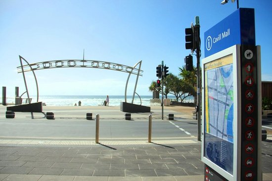 Timezone Surfers Paradise: Iconic Surfers Paradise Beach is nearby