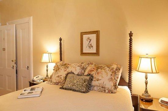 McCall House: General Sherman guestroom
