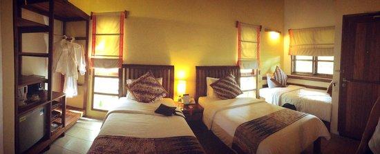 Cocotinos Manado: 3 room sharing