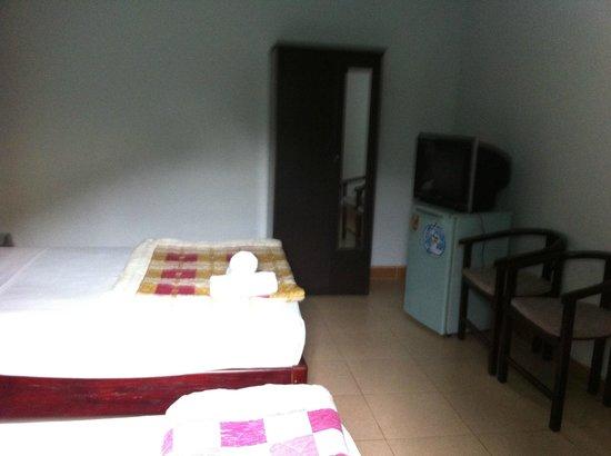 Valentine Hotel: Room