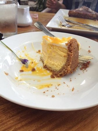 Holuakoa Cafe & Gardens: passion fruit cheesecake half way to finish